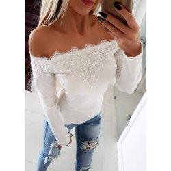 Бяла блузка с дантела