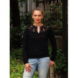 Черна блуза фино плетена