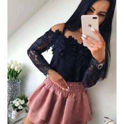 Черна блуза с дантелени ръкави