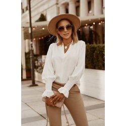 Бяла блуза с ластик на ръкавите