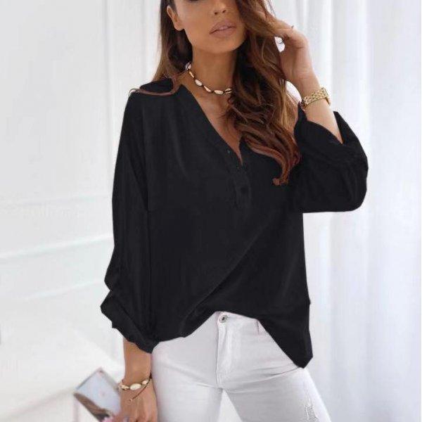 Черна блуза с три четвърти ръкави