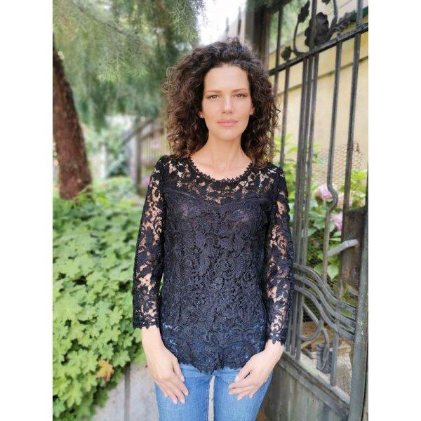 Черна дантелена блуза Мари