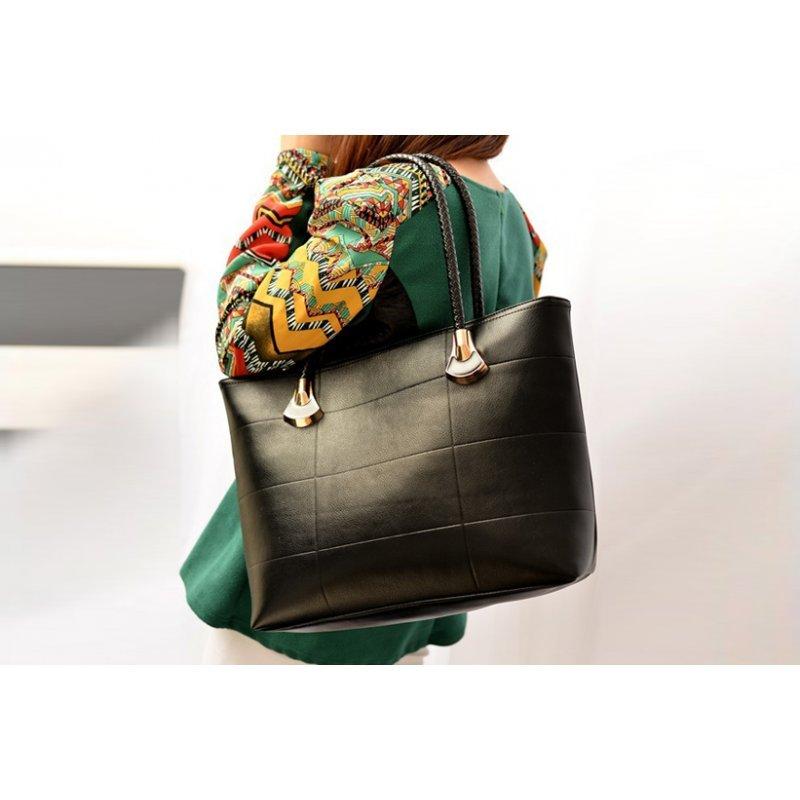 942ae5111b2 Дамска чанта ниска цена черна от еко-кожа
