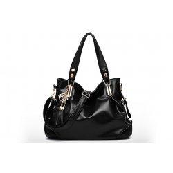 Черна дамска чанта Carol Black