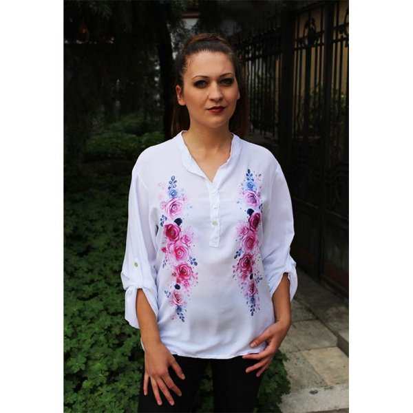 Лятна бяла риза