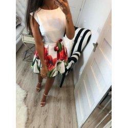 Бяла рокля на цветя