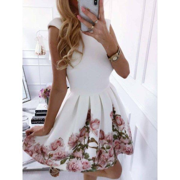 Бяла рокля на рози
