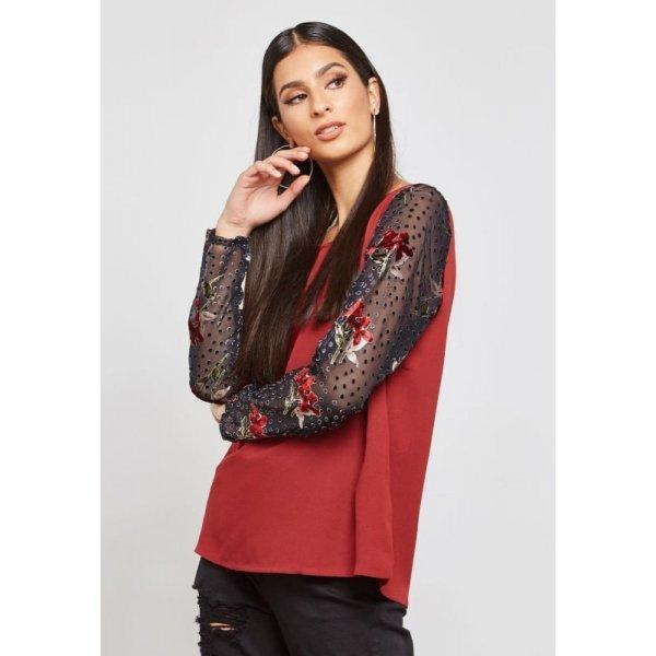 Елегантна блуза цвят бордо
