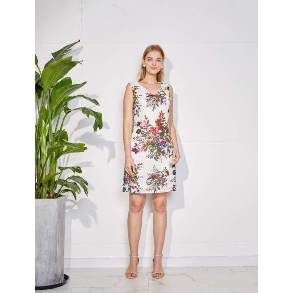 Ленена рокля на цветя