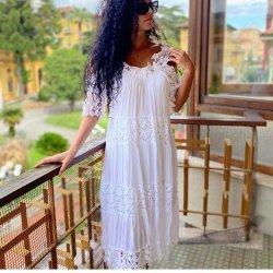 Лятна рокля бохо бяла