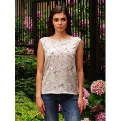 Лятна бежова блуза