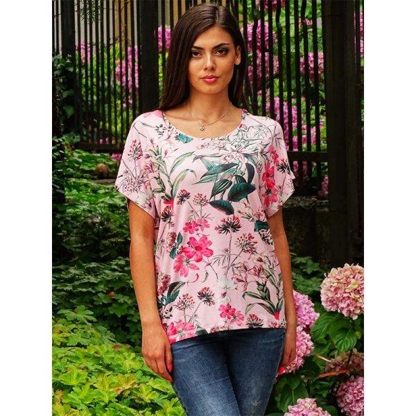 Блуза на цветя лятна