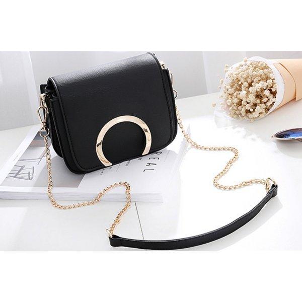 Черна малка чантичка