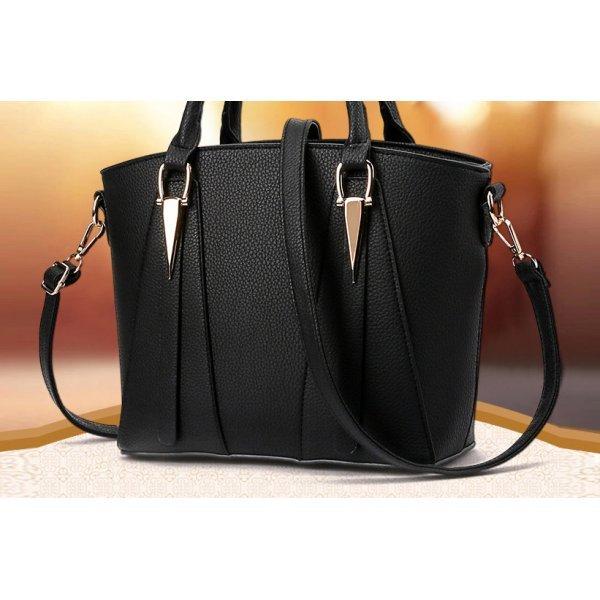 Черна чанта Black Triangle