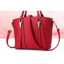 Червена чанта Red Triangle