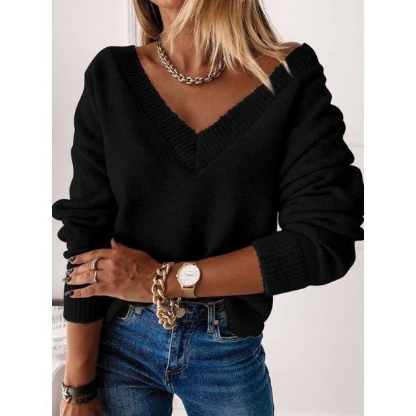 Черен плетен пуловер