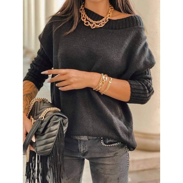 Черен зимен пуловер