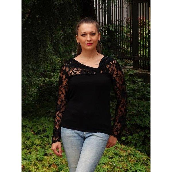 Официална блуза с черна дантела