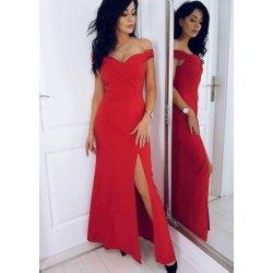 Червена рокля с отворени рамене