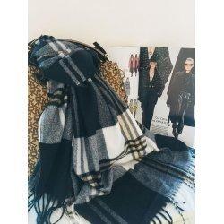Дамски кариран шал