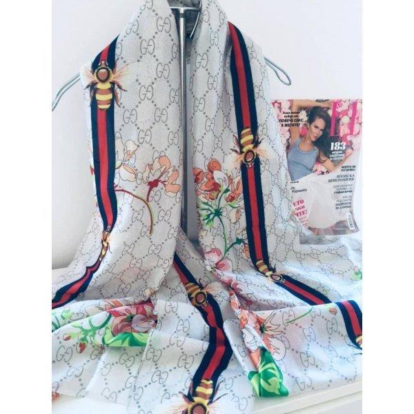 Дизайнерски шал на GUCCI