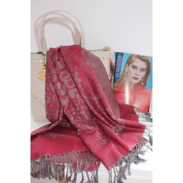 Кашмирен шал цвят бордо