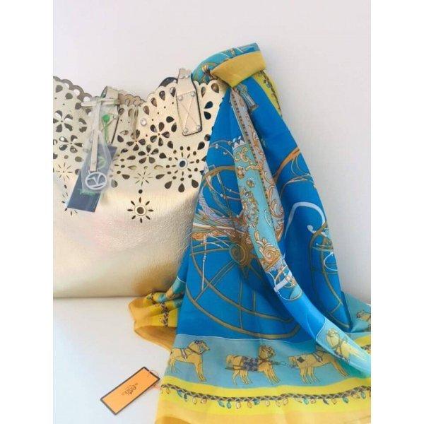 Копринен марков шал