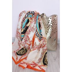 Копринен шал с барокови елементи