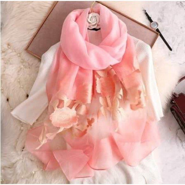 Летен шал цвят праскова