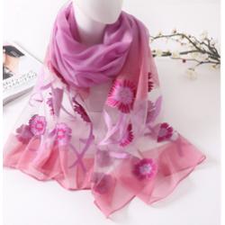 Летен шал на цветя