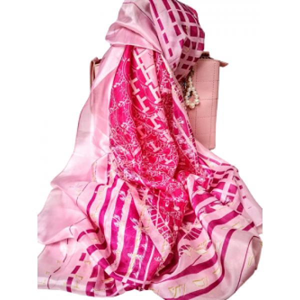 Розов копринен шал за лятото
