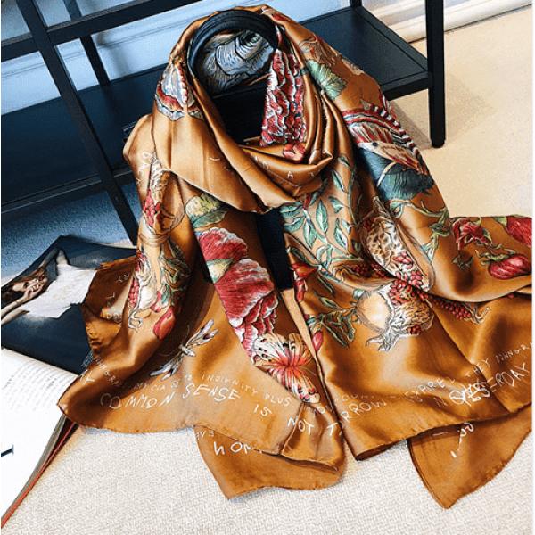Сатенен шал от коприна