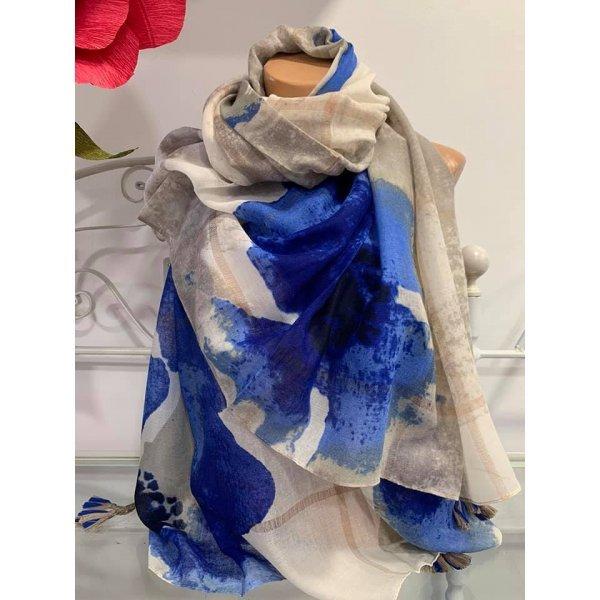 Шал на сини цветя